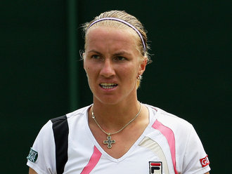Svetlana-Kuznetsova-Wimbledon-2009-Day-Four_2321712